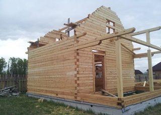 Фото процесса строительства бань с мансардой в Екатеринбурге