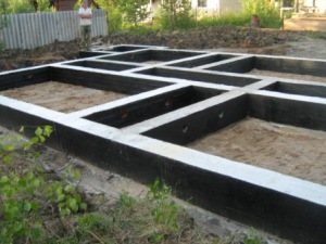 Строительство ленточного фундамента в Екатеринбурге