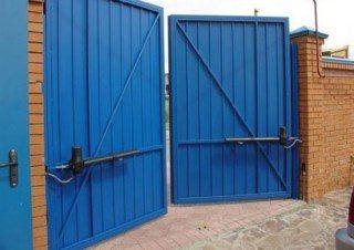 Фото процесса производства Промышленные распашные ворота в Екатеринбурге