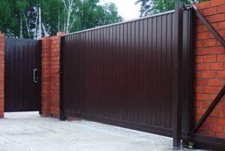 Металлические откатные ворота в Екатеринбурге
