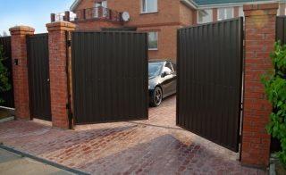 Распашные ворота для дачи в Екатеринбурге