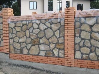 Забор из камня под ключ в Екатеринбурге